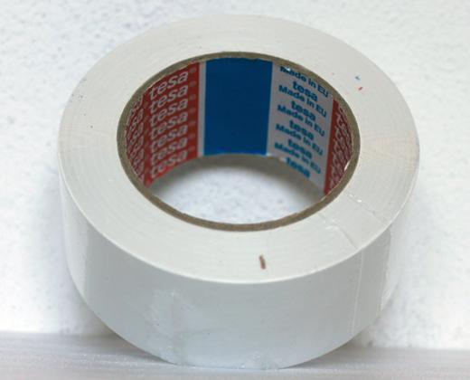 Podlahová lepicí páska TESA síla 180 µm - BÍLÁ